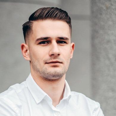Jakub Pawelski - twórca aplikacji LIveKid, na liście forbes 25 under 25, został senior developerem w wieku 19 lat