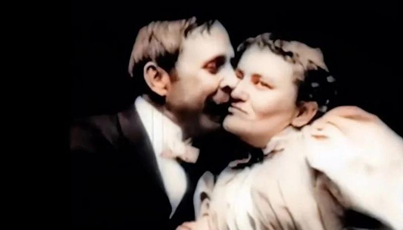 Fragment filmu The Kiss