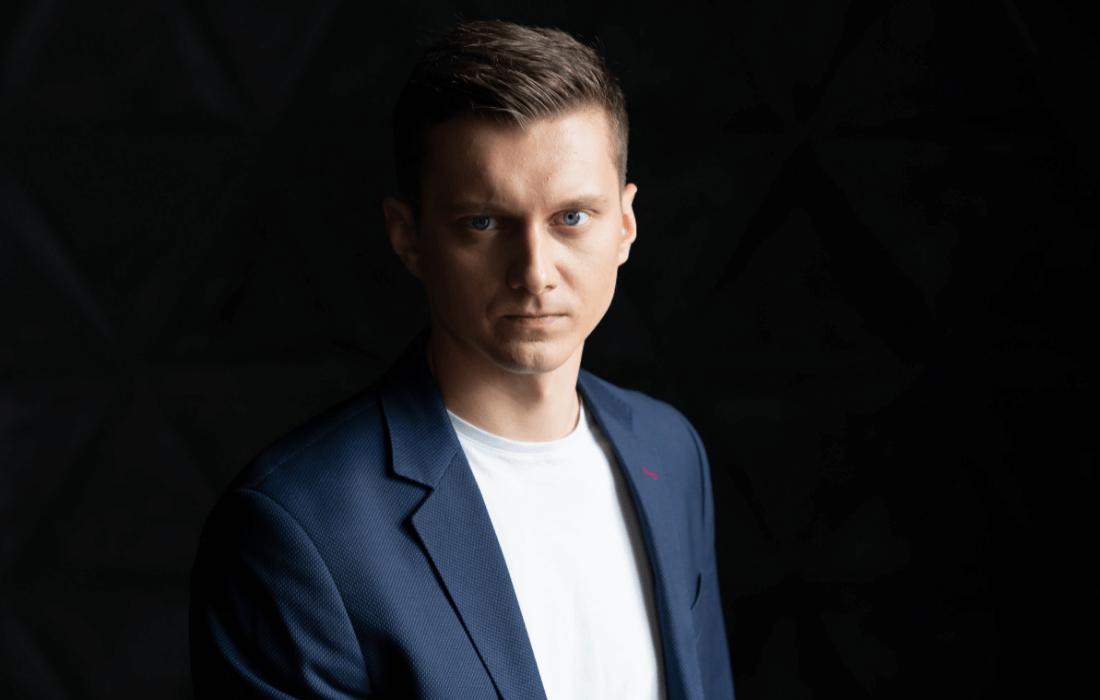 Alex Yelenevych